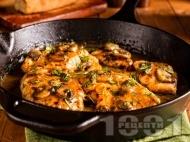 Кето пилешки гърди с вино марсала, гъби и масло на тиган